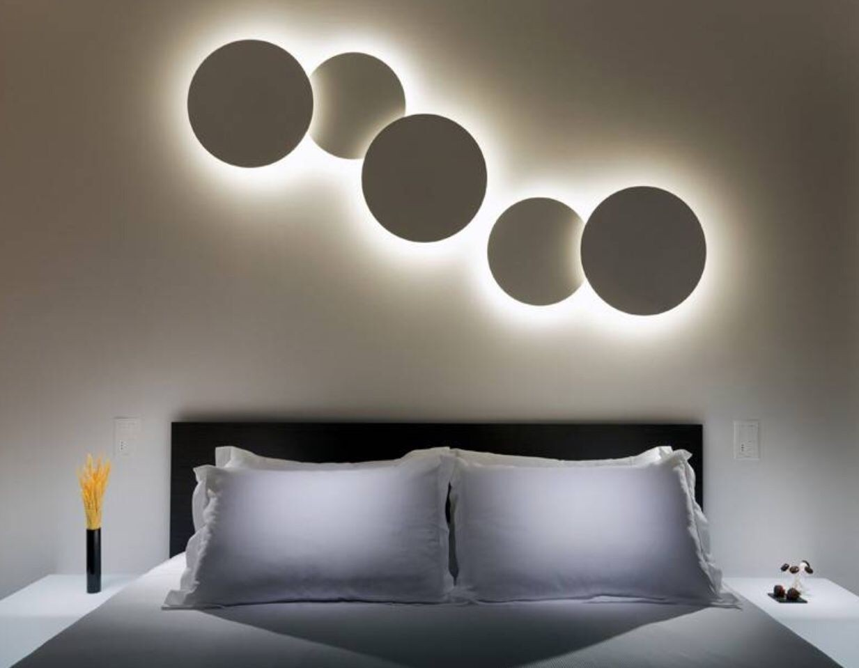 Contemporary Design Indoor Wall Lamp with Led Source