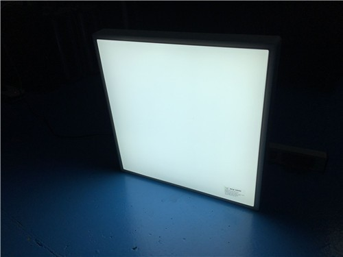 Factory Price Square Mounted LED Ceiling Light LL018120M-20W